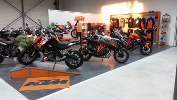 ktm le mans votre concessionnaire ktm aux mans 72. Black Bedroom Furniture Sets. Home Design Ideas